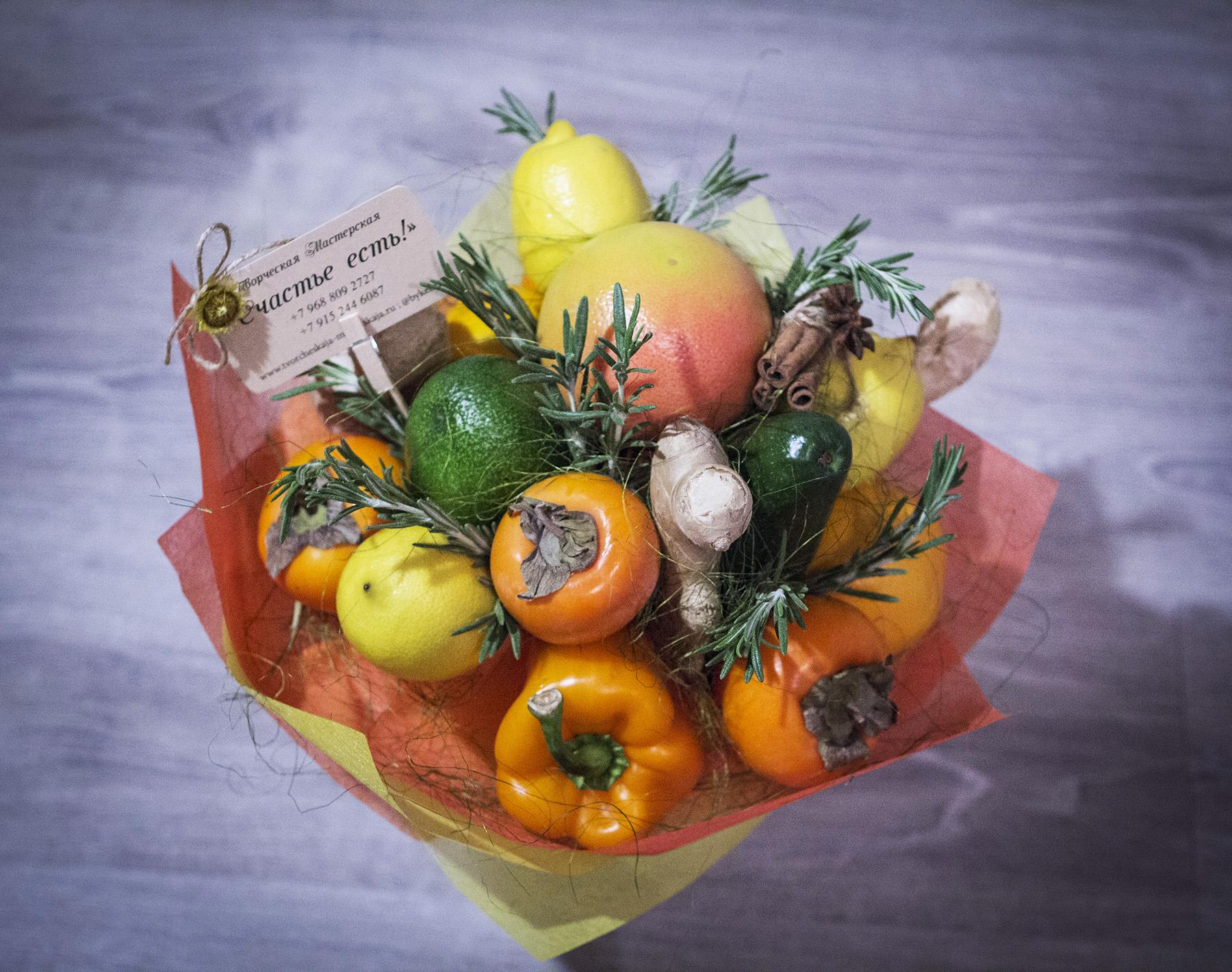 Букет подарочный из фруктов своими руками 55