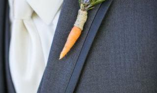 Необычные бутоньерки с морковкой