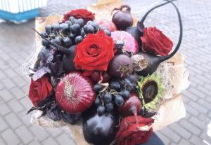 """Букет из овощей и фруктов """"Черный Принц3"""" цена 3000р"""