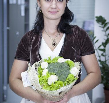 Букет из капусты и салата «Свежесть» цена 1800р