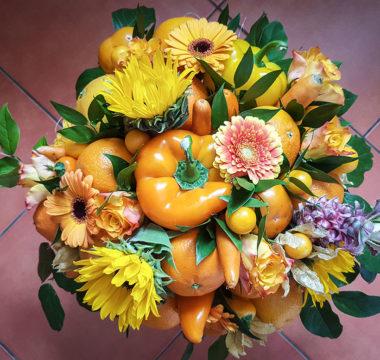 Букет «Оранжевое счастье» в шляпной коробке. Вес более 5 килограмм! Цена 7500р