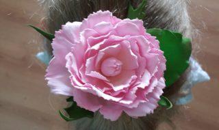 Резинки с цветами из фоамирана цена 500р.